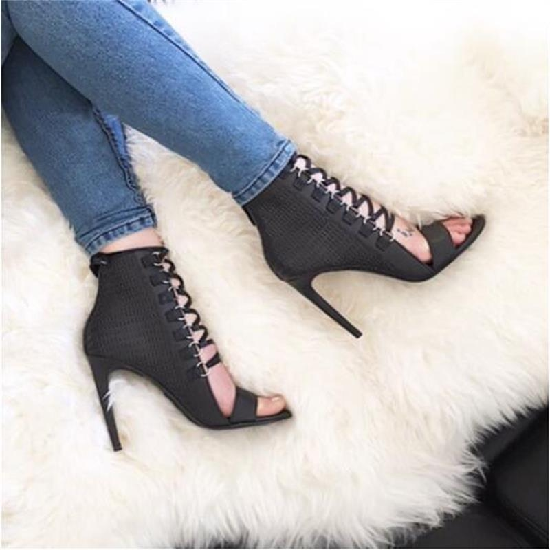 Nightingale Heels