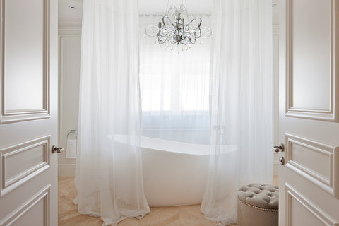 ELEGANT SHOWERS Modern Bathroom Freestanding baths