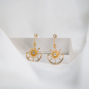 Open image in slideshow, 925 SILVER Zadina Celestial Earrings (Gold)