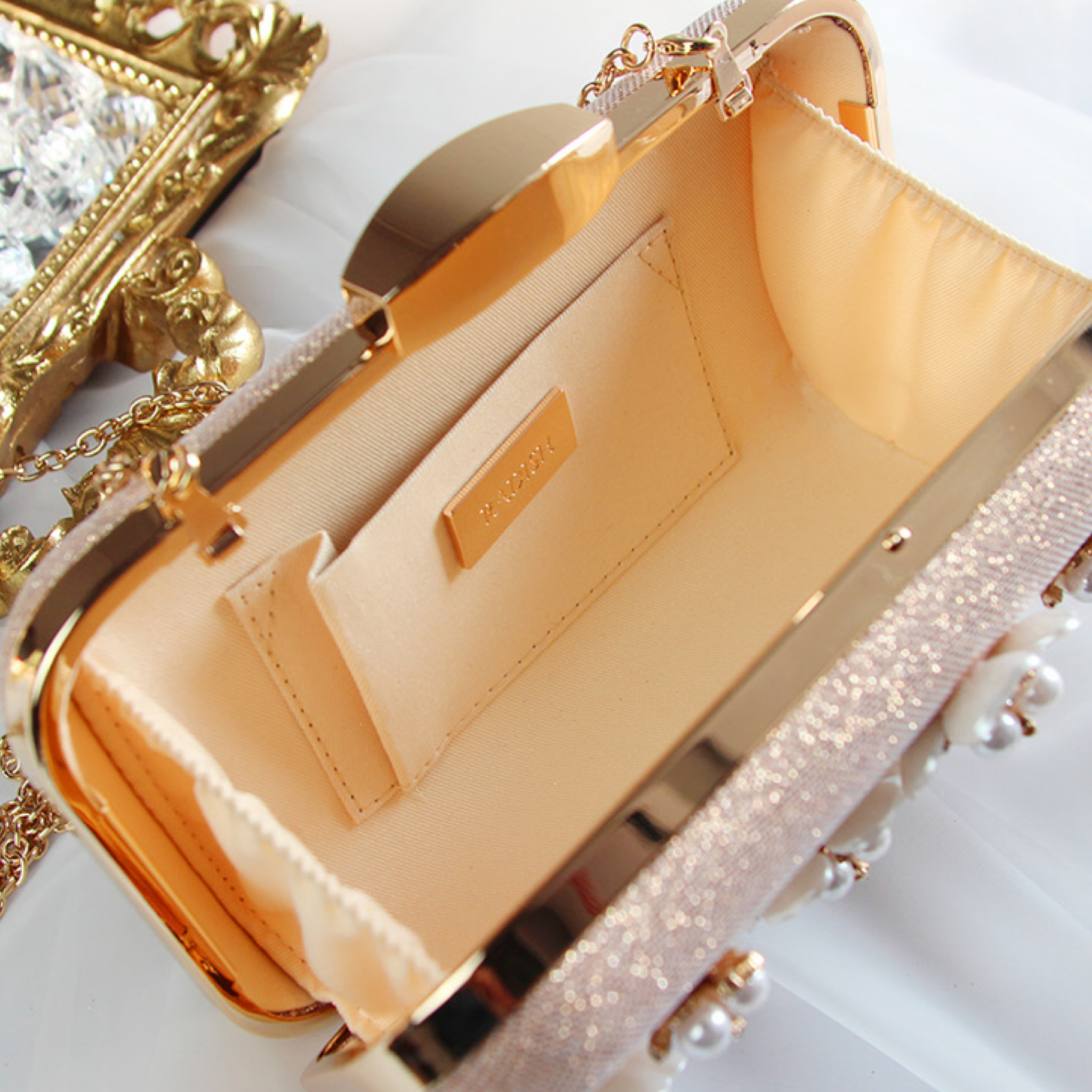 *PREORDER* Debbie Jewel Clutch (Blush)