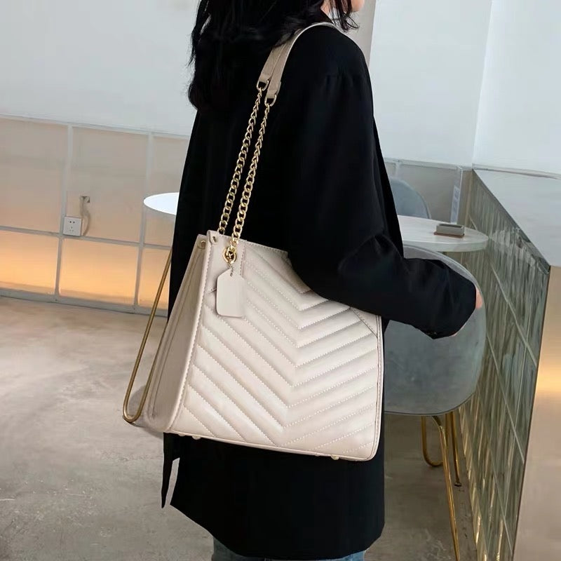 *PREORDER* Cadeen Quilted Bag (Oatmeal)