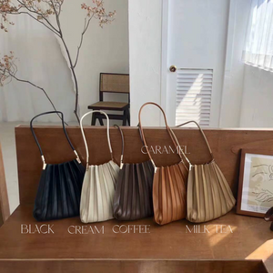 Open image in slideshow, *PREORDER* Willow Pleated Tote
