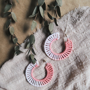 Caster Weaved Earrings (Pink)