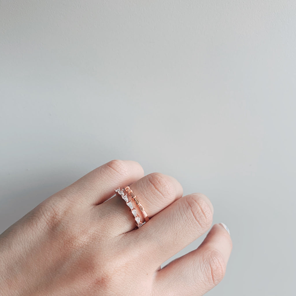 Cariella Double Hooped Crystal Ring (Rose Gold)