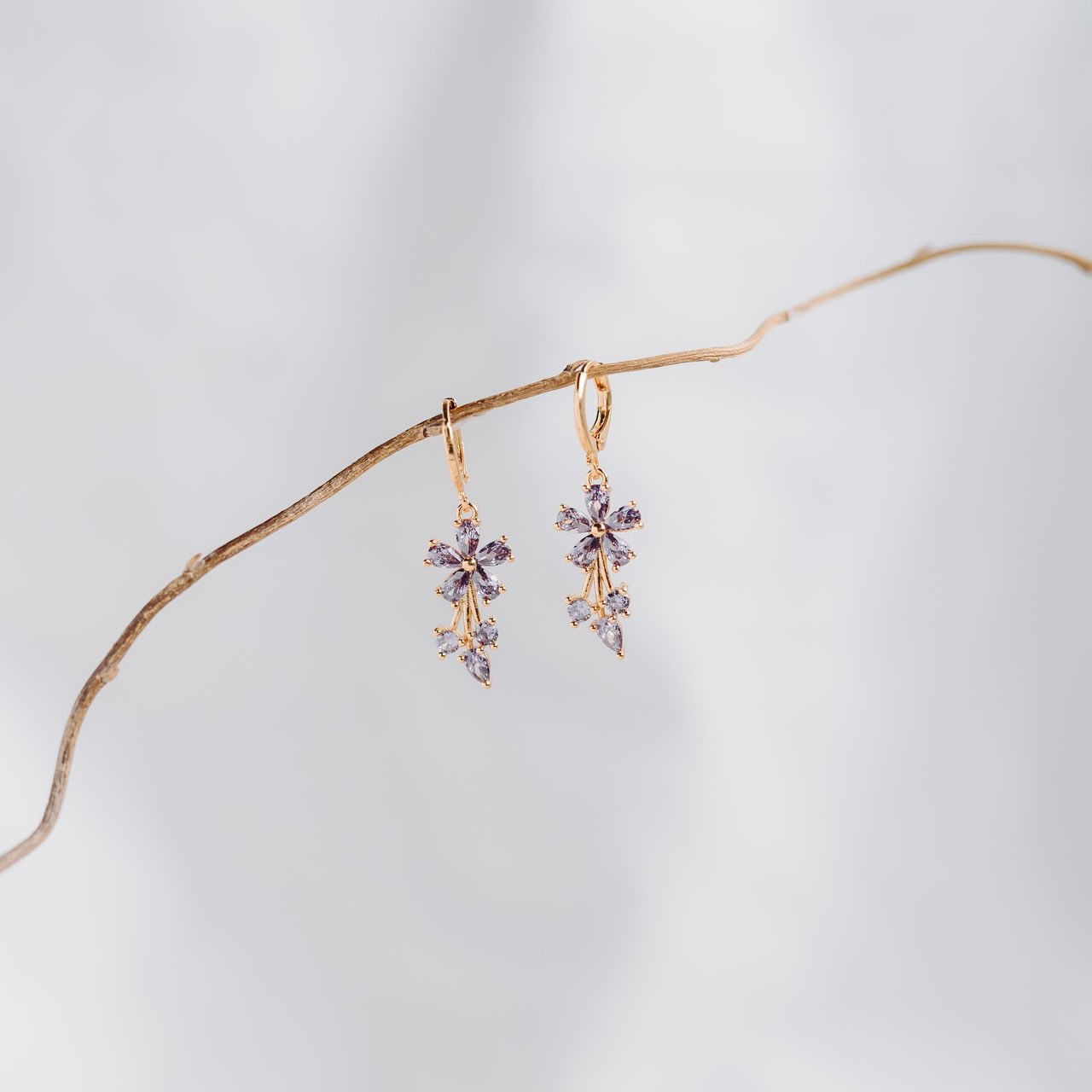Jivea Earrings (Lavender)