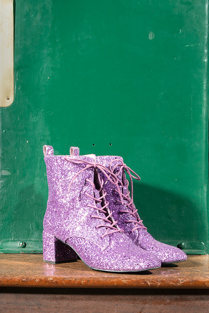Stardust boot in purple
