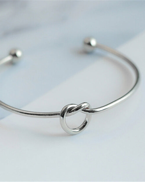 Adjustable Simple Knot Bracelet