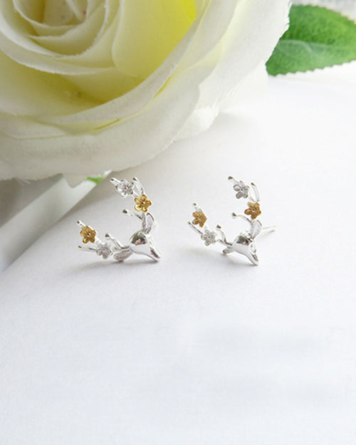 One Pair Silver Plated Elk Shape Stud Earrings