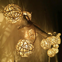 Inspire Uplift Lights 3CM White / Warm White Gold Ball LED String