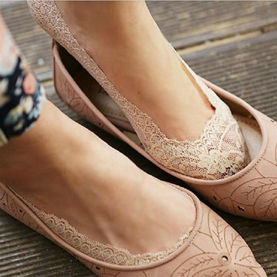 Inspire Uplift Socks Nude / One Size Lace Scalloped Socks