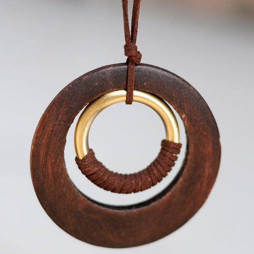 Vintage Wooden Circle pendant necklace - Shop at GlamoRight.Com