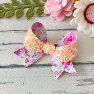 Kaitlin Bow - In Pretty Glitter Colours