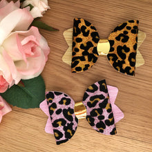 Chloe Bow - Pink Leopard Print