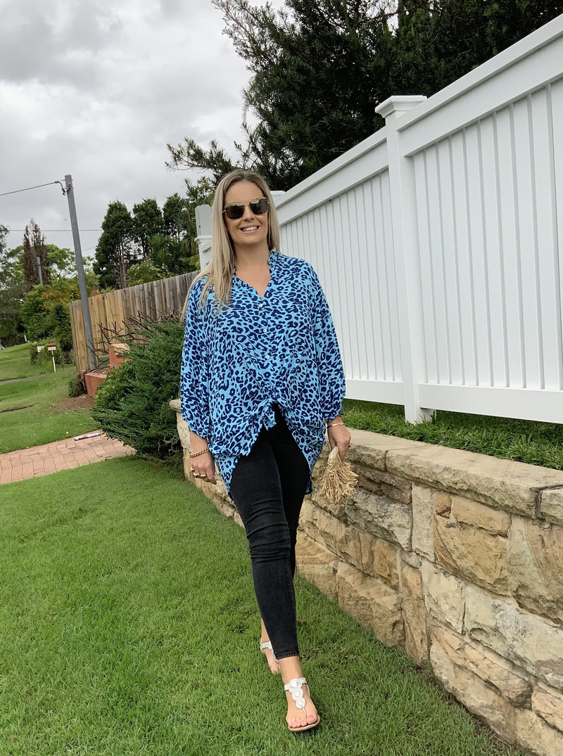 POPPIE SHIRT -  Blue leopard
