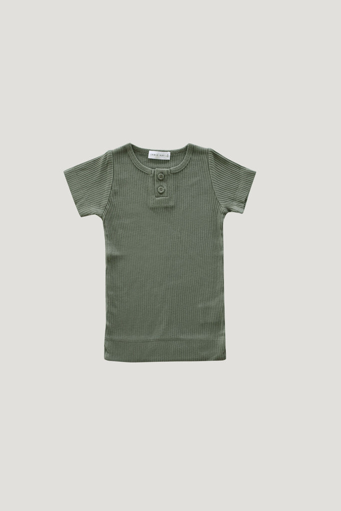 Essential Tee Laurel