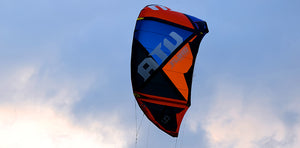 Fluid kiteboarding ATV V8 - Comes with Free Gift! - Lotans Kiteboarding