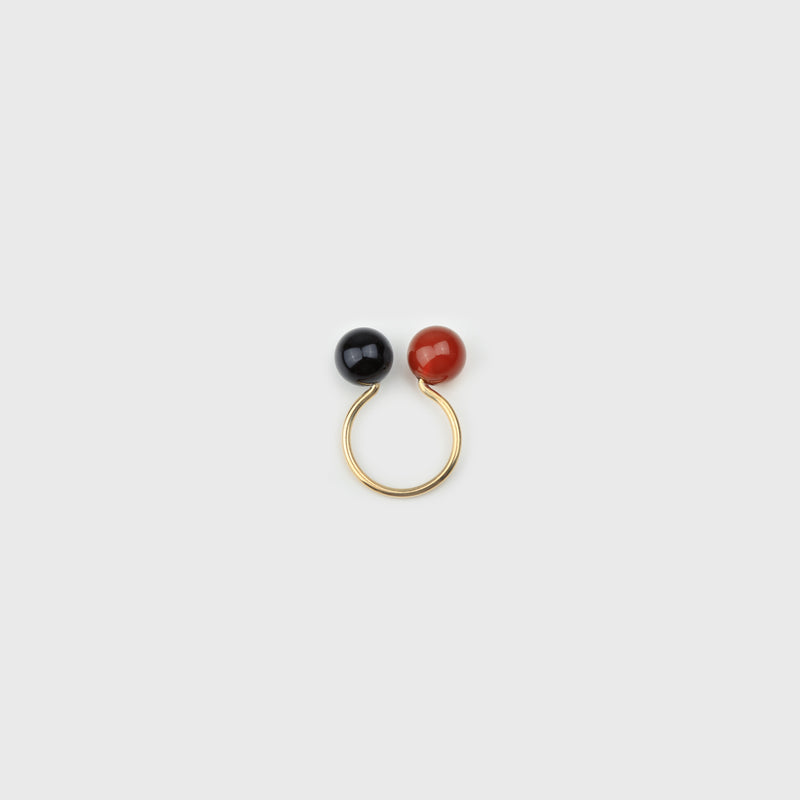 Ear Cuff #31 Gold Onyx Carneol