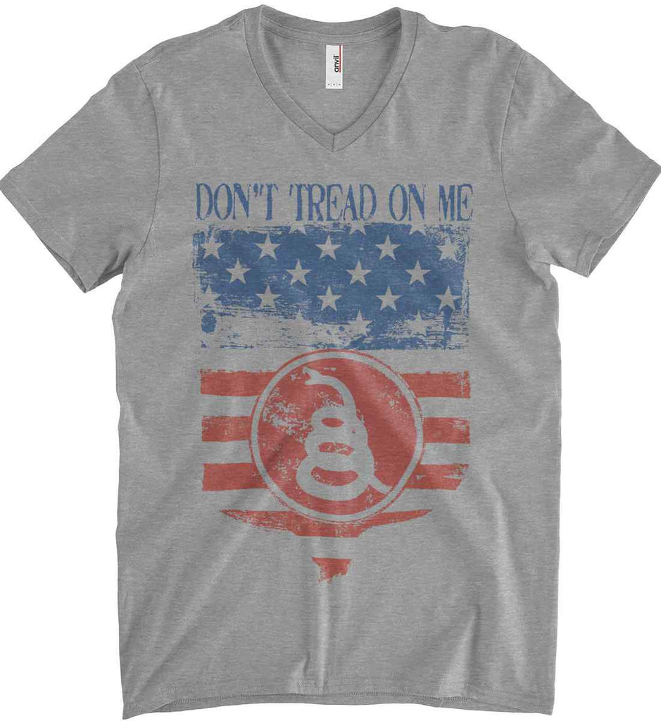 Don't Tread on Me. Rattlesnake. Faded Grunge Shield Anvil Men's Printed V-Neck T-Shirt.-2