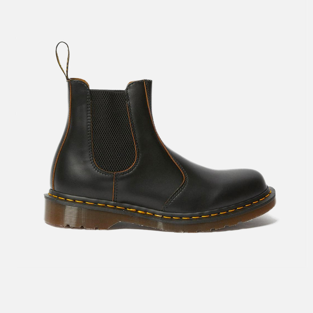 Dr Martens Made in England Vintage 2976 Chelsea Boot in Black Quilon