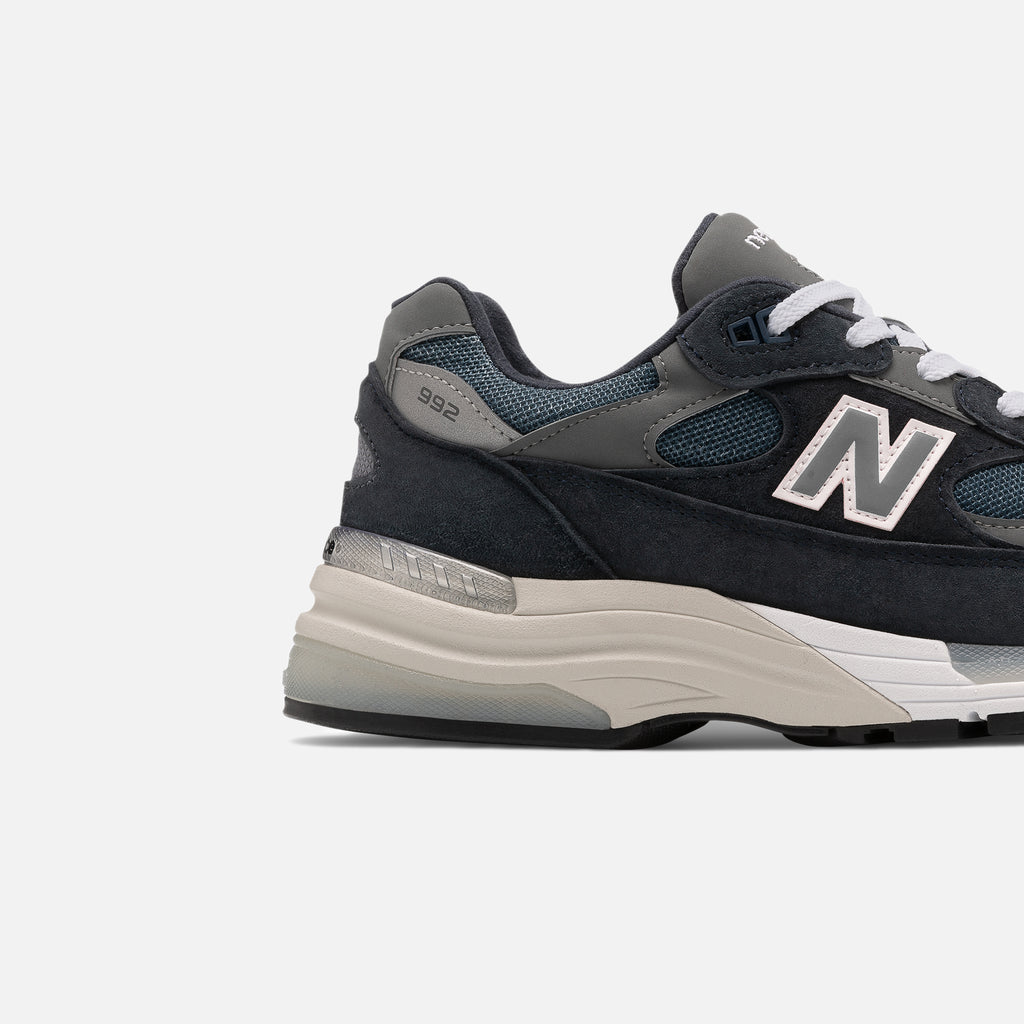 992 Made in US New Balance trainer in navy blues store www.bluesstore.co