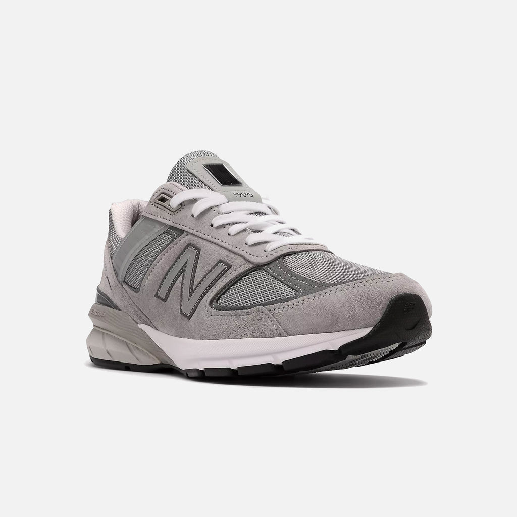 Made in US 990v5 in Grey with Castlerock from New Balance blues store www.bluesstore.co