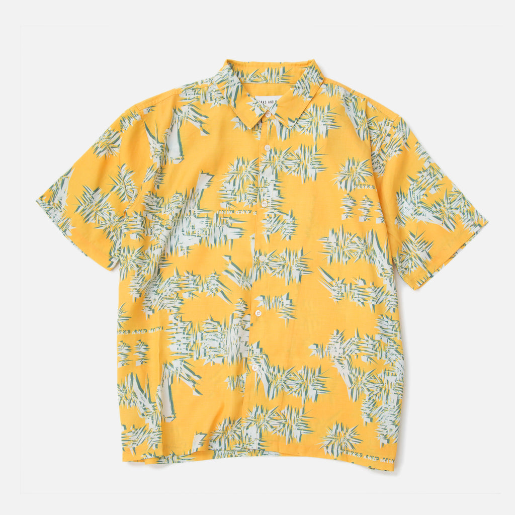 Perks and Mini Sound Wave Duo Sono Shirt in Yellow Blues Store