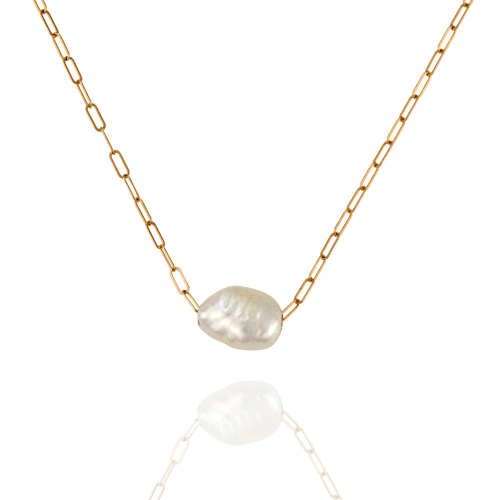 White Pearl Hydra Necklace