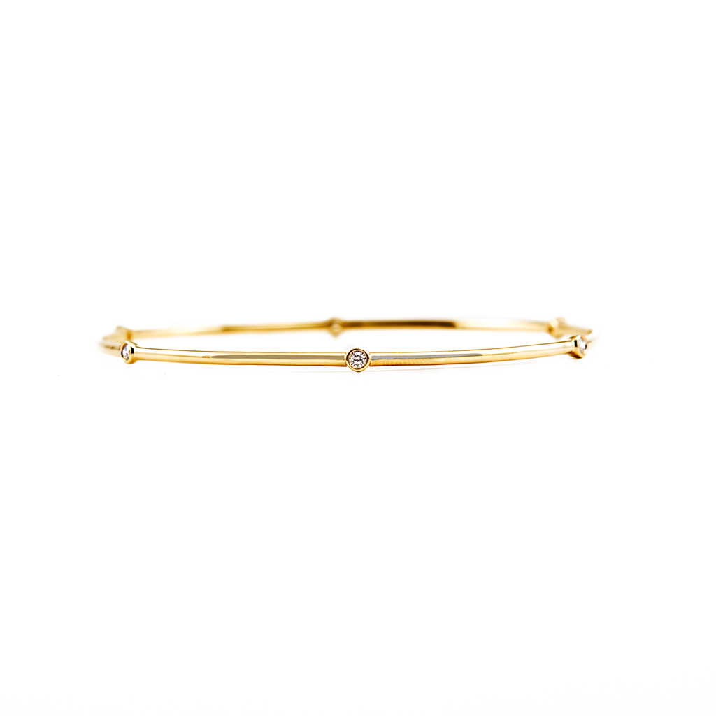 solid gold bangle with five diamonds, gold jewellery, diamond jewellery, diamond jewelry, gold jewelry