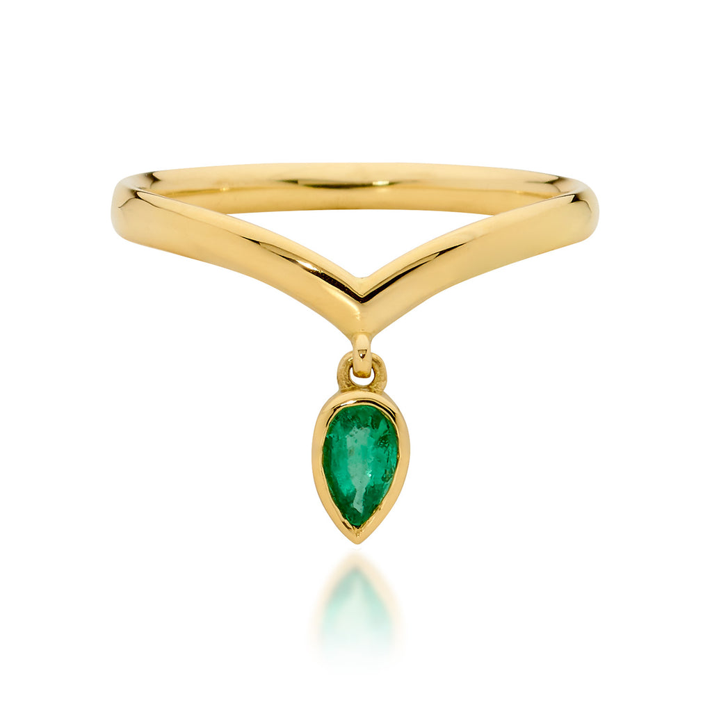 emerald ring, delicate ring, gold ring, serafin jewellery