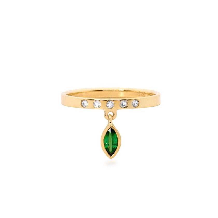 emerald ring, small ring, stacking ring, rings, gold jewellery, gold jewelry, jewellery store, online jewelry store, jewellers