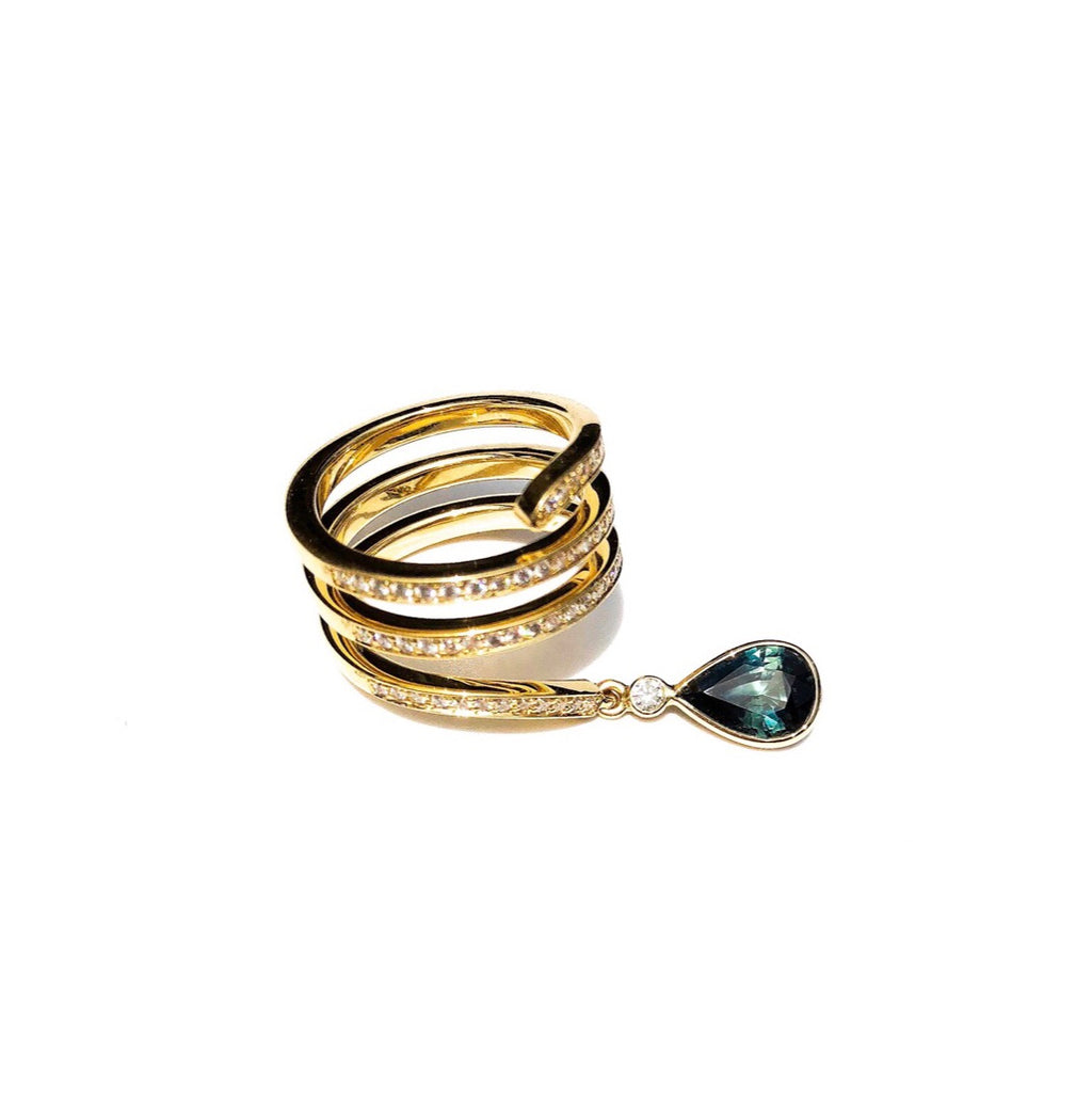 diamond and sapphire ring, diamond spiral ring, rings, gold jewellery, gold jewelry