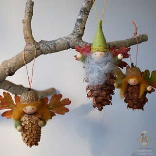 Natural Christmas Tree Decorations.Create Beautiful Christmas Decorations From Natural