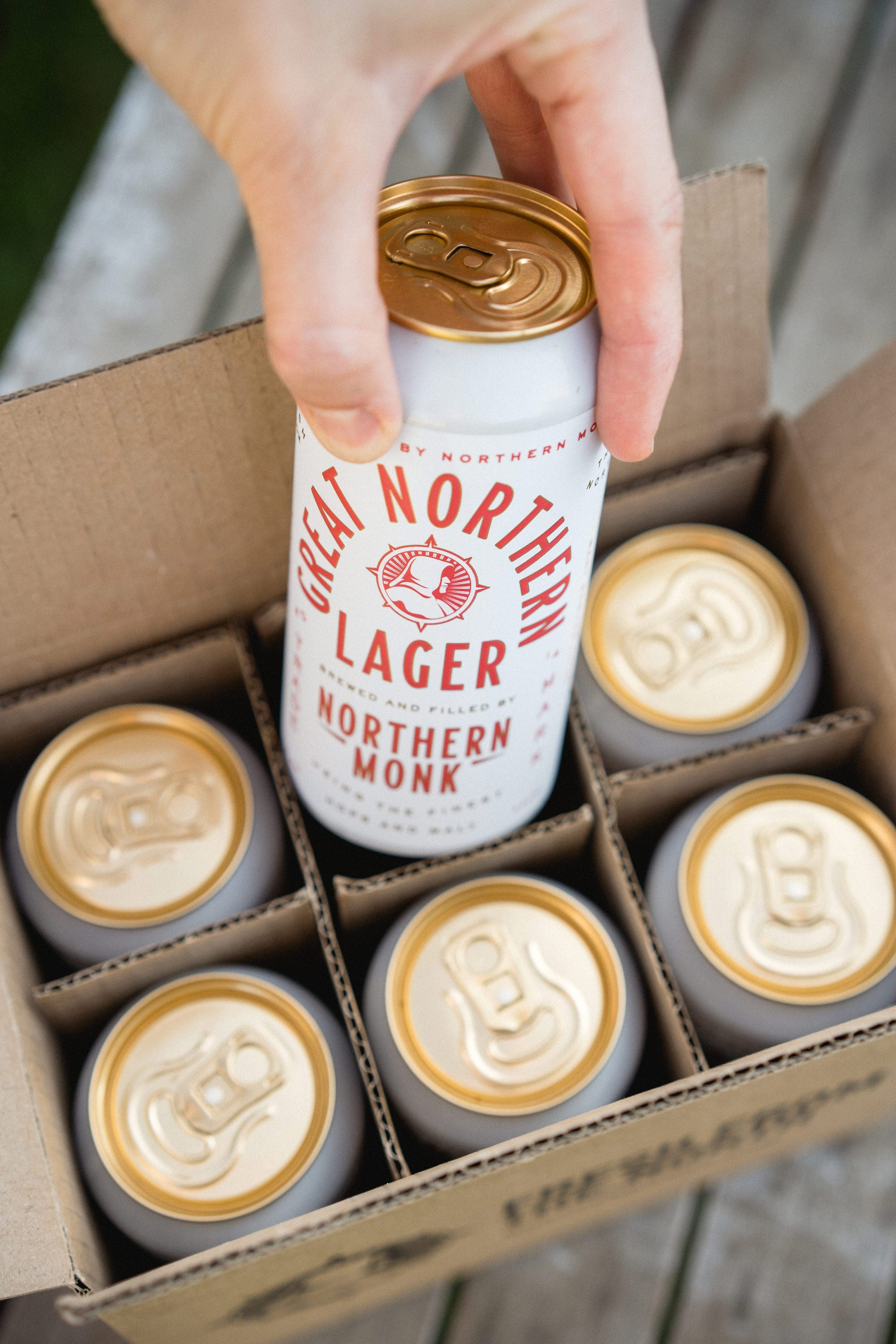 GREAT NORTHERN LAGER // 12 PACK