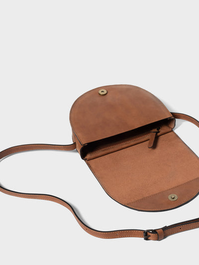 PARK Crossbody Bag CB03 Brown, scenery