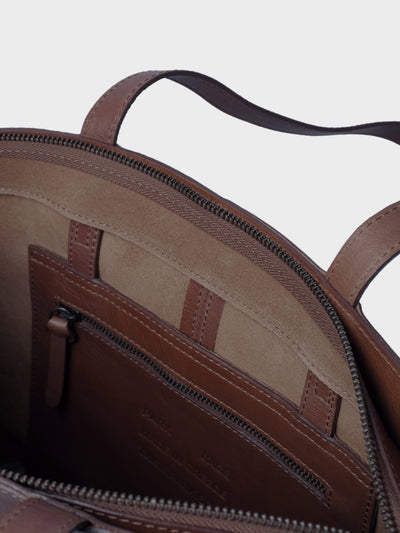PARK Tote Bag TB02 ZIP Dark-Brown, scenery
