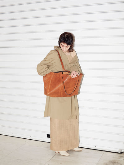 PARK Tote Bag TB03 ZIP Brown, scenery