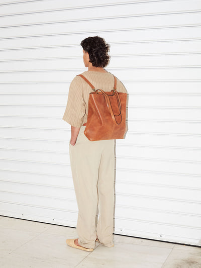 PARK Tote Bag TB02 ZIP PLUS Brown, scenery