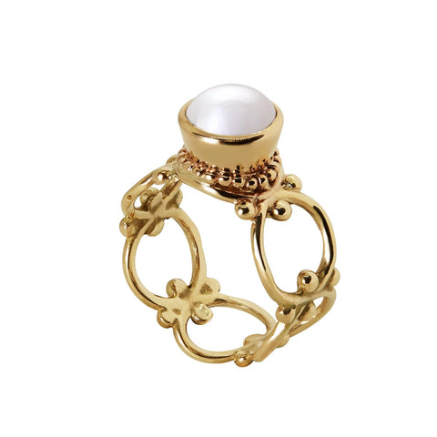 Foragers of the Foreshore Ring with Pearl