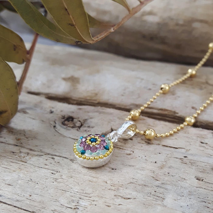 Allegra Antique Daisy Mini Pendant