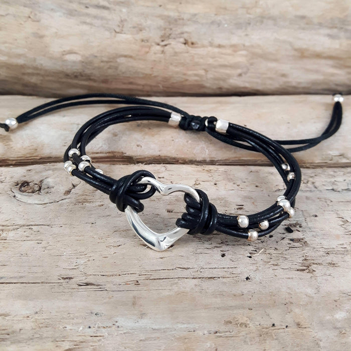 Amore Heart Black Leather Bracelet