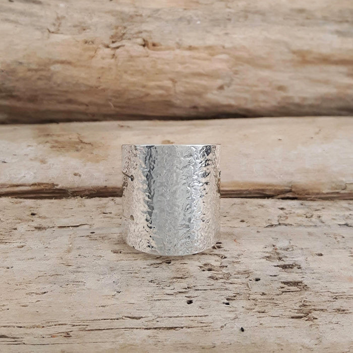Arena Hammered Ring