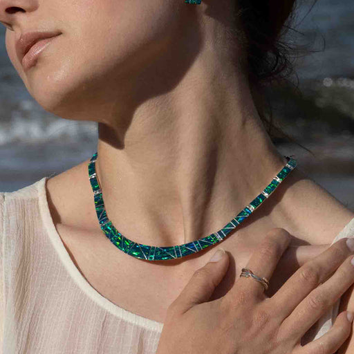Flinder Nouveau Emerald Necklace