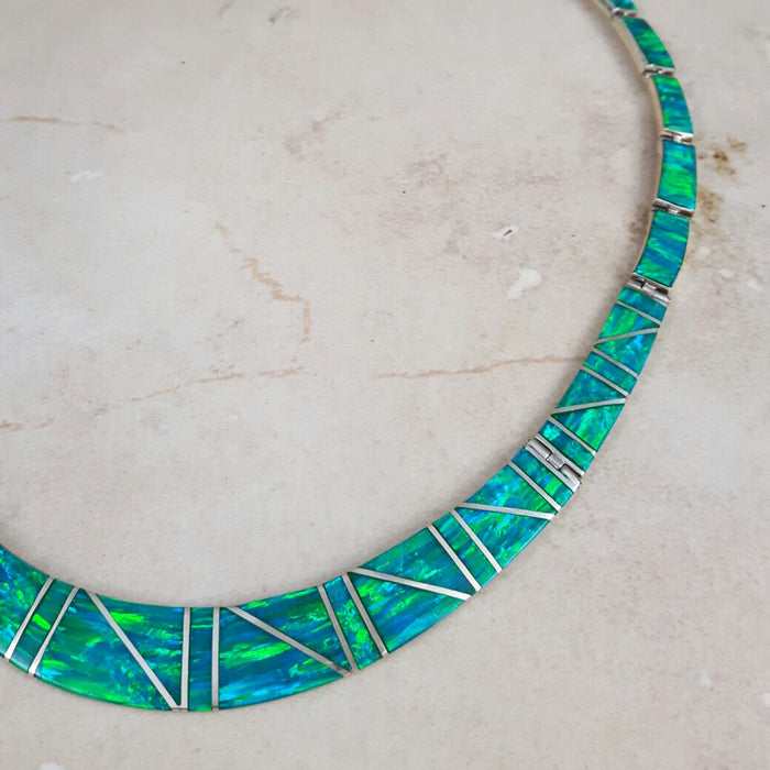 Flinder Nouveau Green Necklace