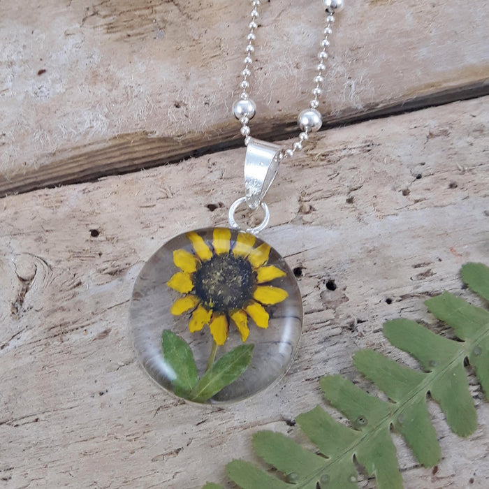 Flores Sunflower Round Medium Pendant