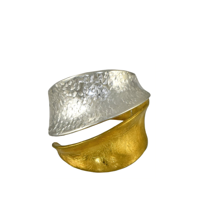 Foresta Flow Gold Ring