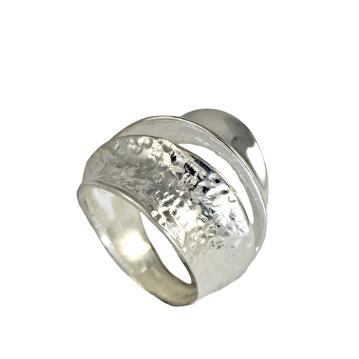 Foresta Flow Polished/Hammered Ring