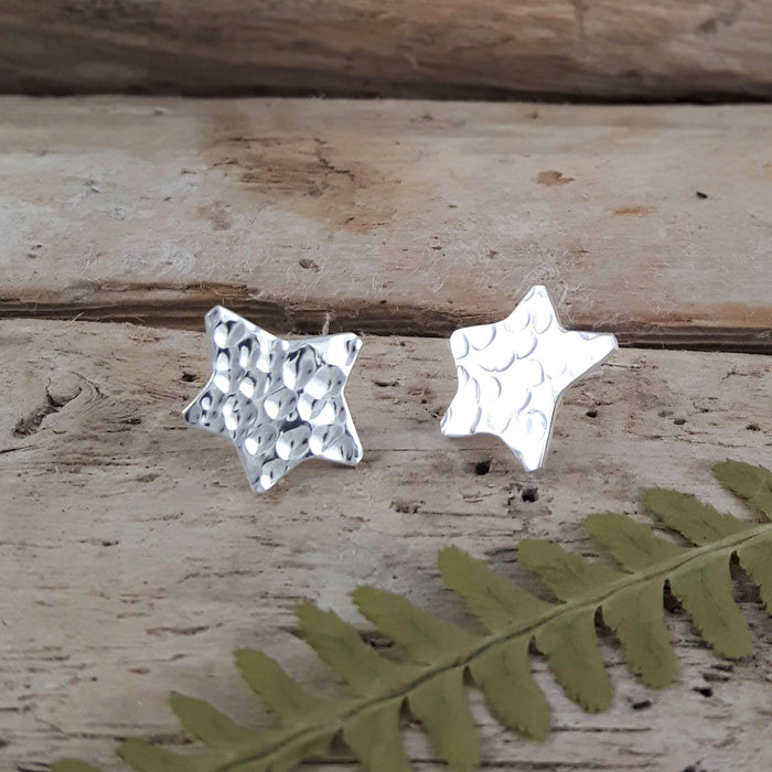Foresta Star Hammered Stud earrings