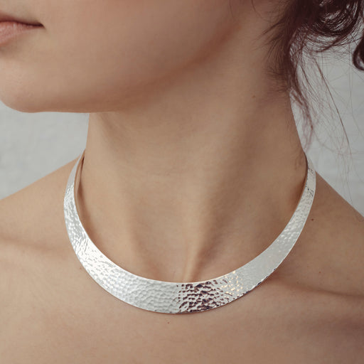Classic Silver Hammered Choker