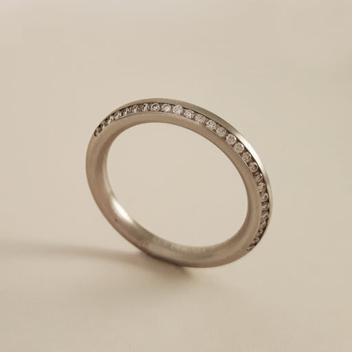 Gerstner 750 White Gold Diamond Ring 4/27254/2.5