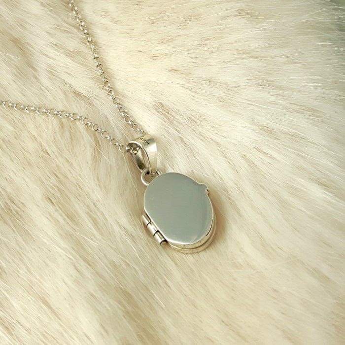 Darling Oval Locket
